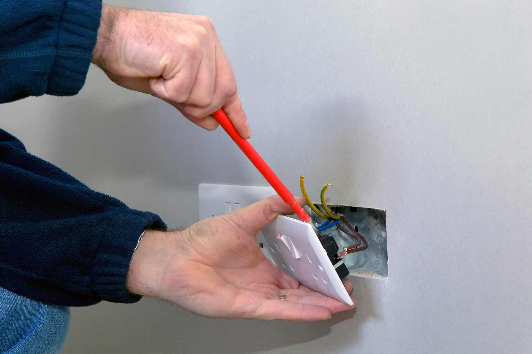 Our electricians can install plug sockets for domestic and commercial proeprties in Ladywell and the local area.